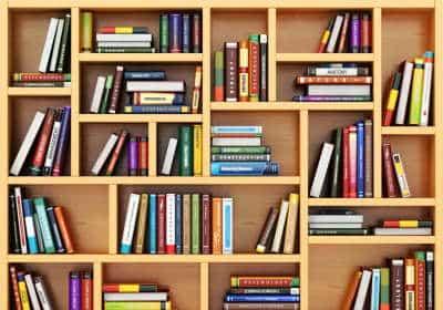 Lydbøger e-bøger og almindelige bøger Thumb